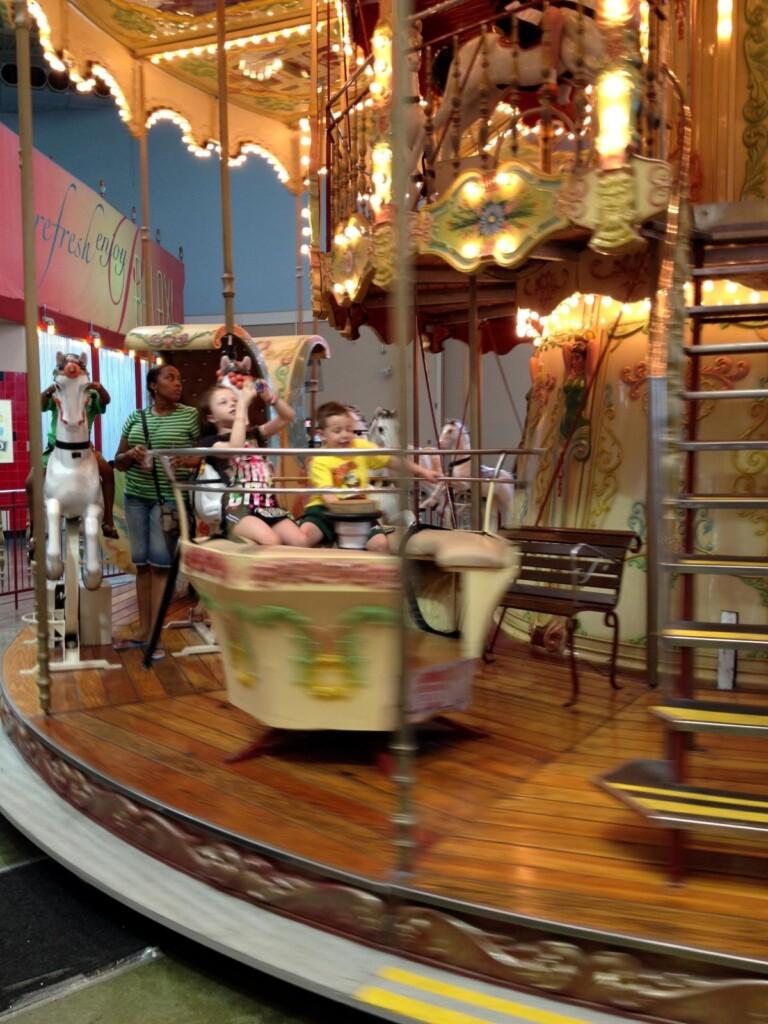 Palisades Mall Rides