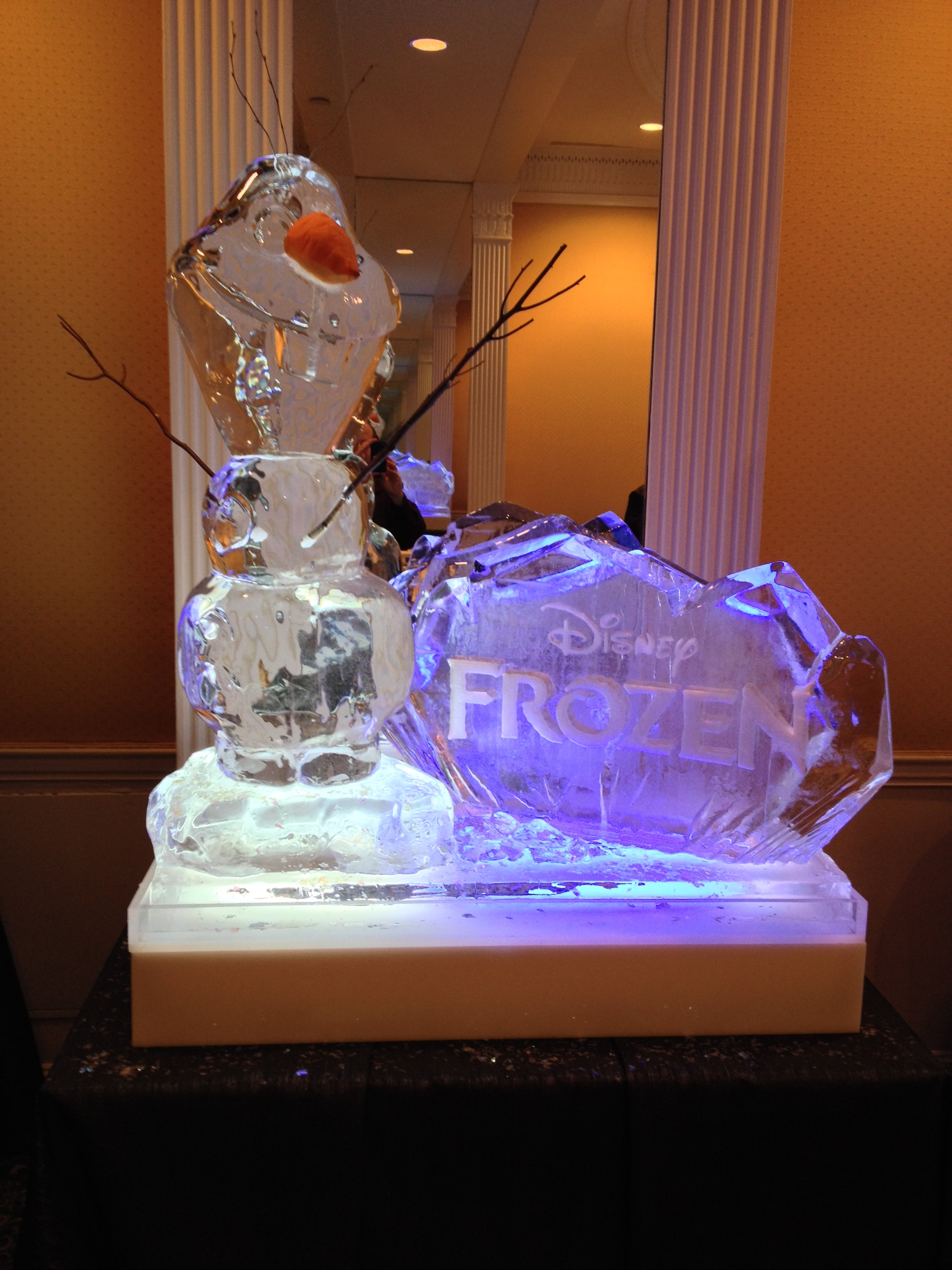 Frozen Ice Sculpture Olaf