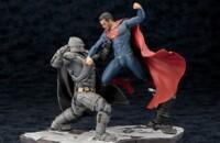 Batman v Superman Kotobukiya