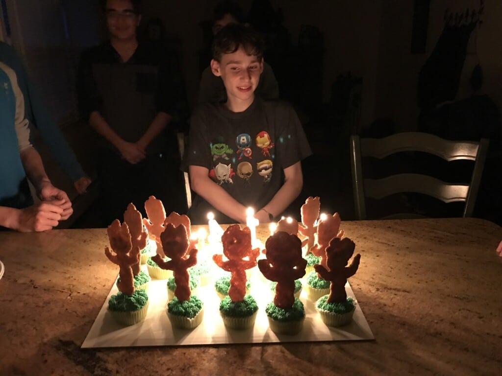 Groot Birthday cupcakes