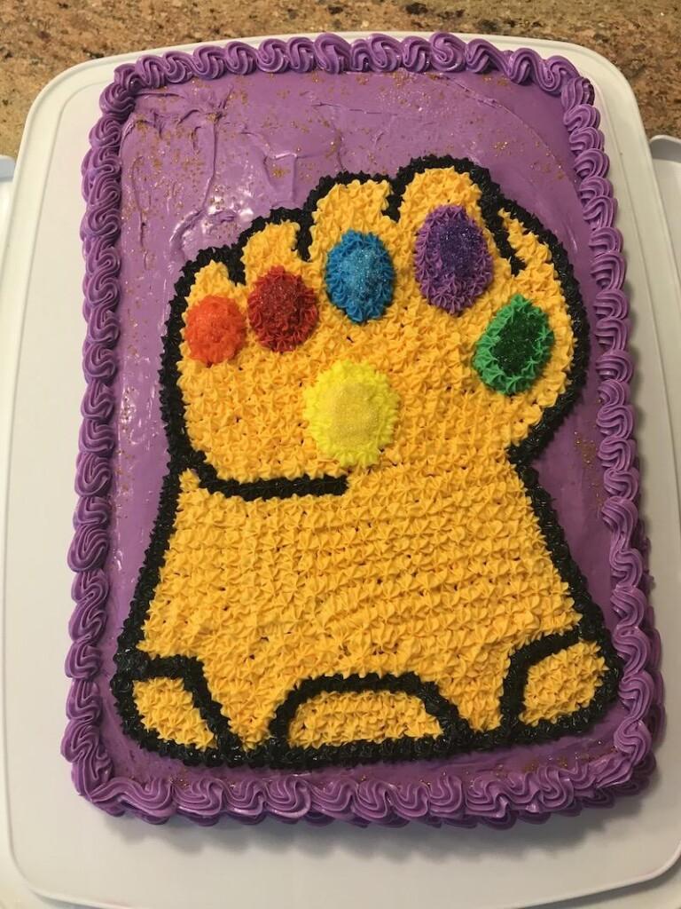 Infinity Gauntlet Cake